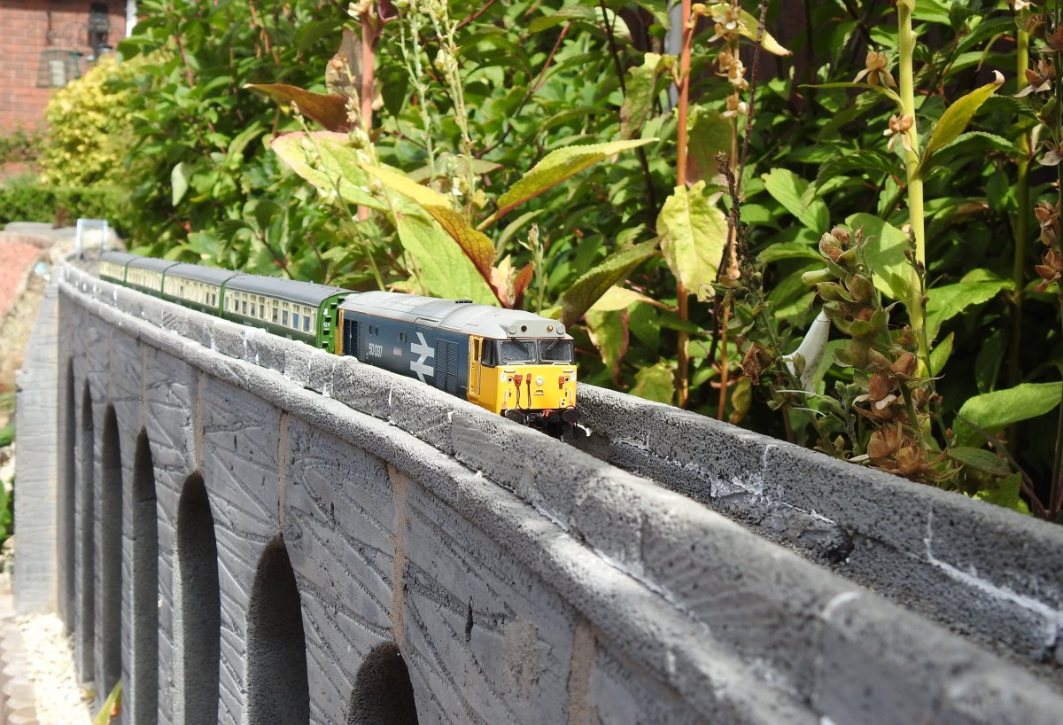 50037 on Stack Gill viaduct