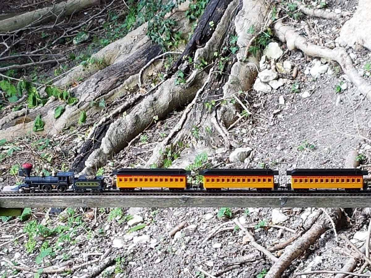 """""""Genoa"""" by Rivarossi with Bachmann passenger cars"""