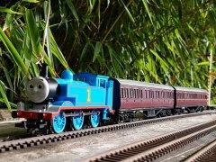 Thomas celebrates DGR 6th anniversary