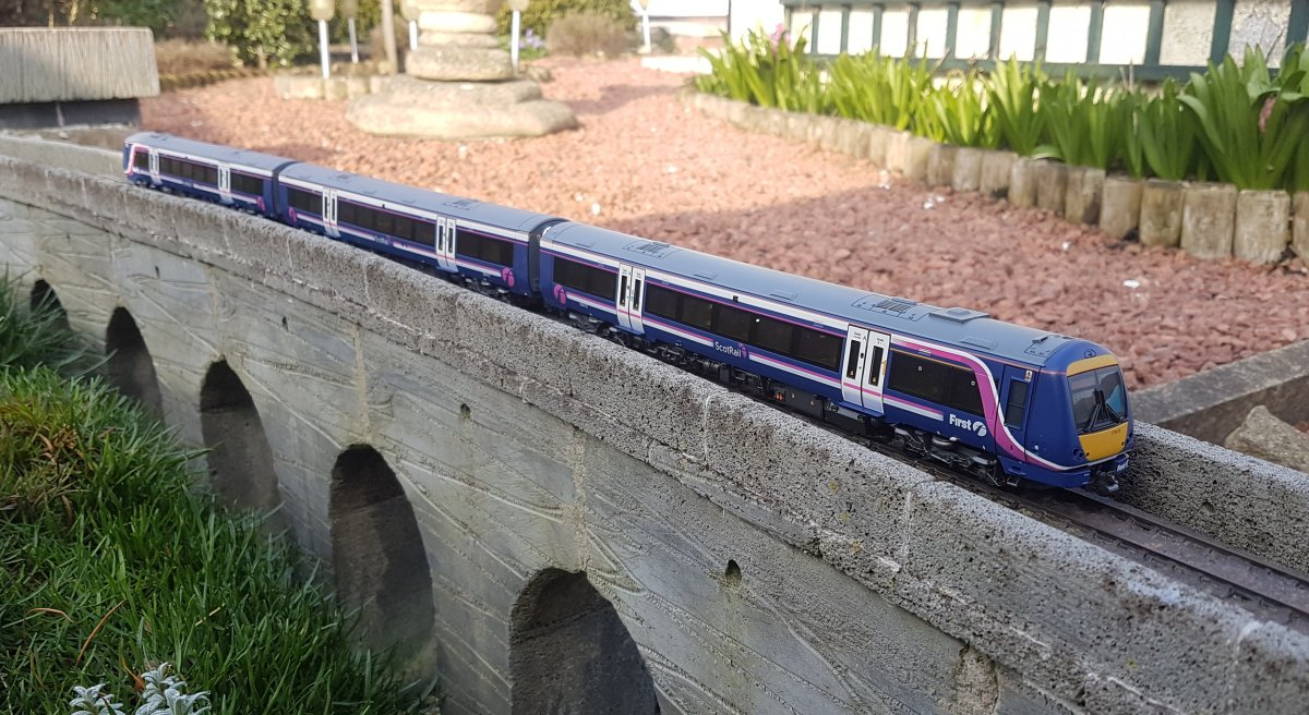Bachmann class 170 in First Scotrail livery
