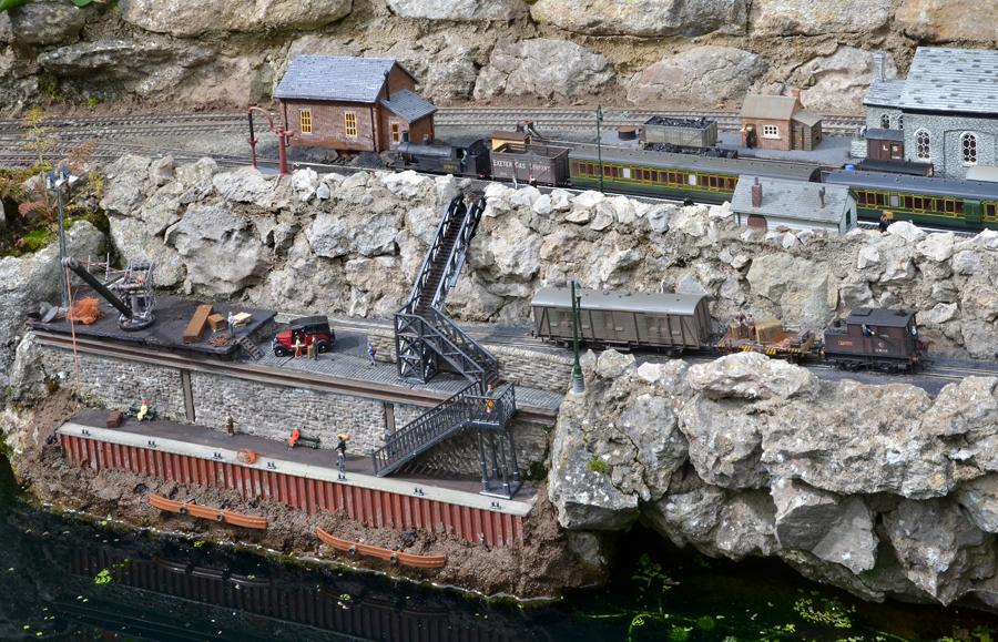 Gt Wakering Harbour with sentenel.jpg